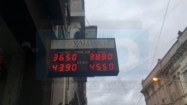 En Paraná. La operadora financiera de calle Urquiza