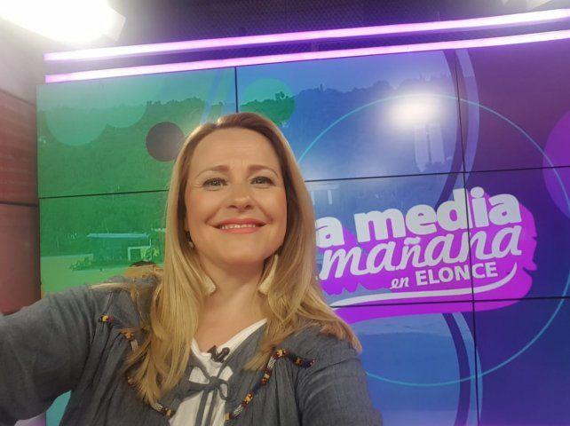 A media mañana. La periodista y conductora hace de lunes a viernes su programa en Canal Once junto a César Abraham.