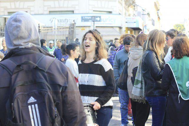 Organizaciones políticas y sociales participaron de la manifestación.