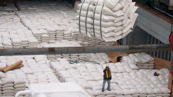 Tres nuevos embarques de arroz y de madera desde el Puerto de Concepción