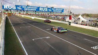 Rossi ganó en Paraná en una carrera accidentada y polémica