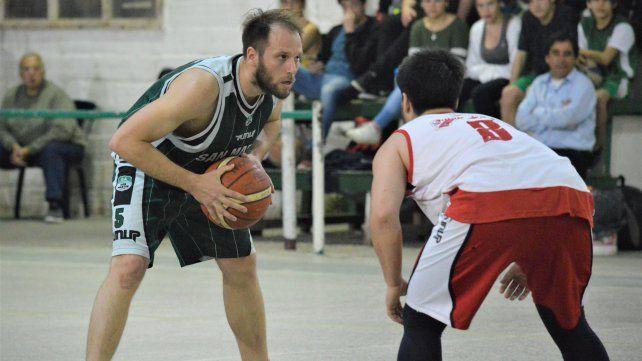 Quique le ganó a San Martín por 74 a 61.