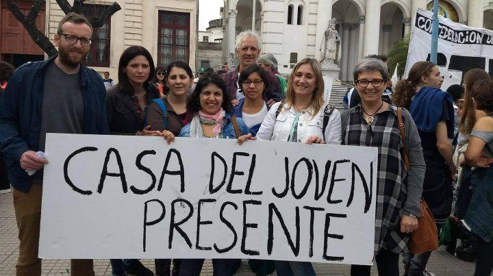 Algunos de los integrantes en la marcha que se realizó en la plaza 1° de Mayo.