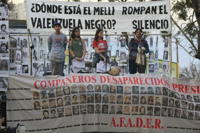 En el acto y festival musical a 42 años de la Noche de los Lápices, también se recordó a desaparecidos en democracia