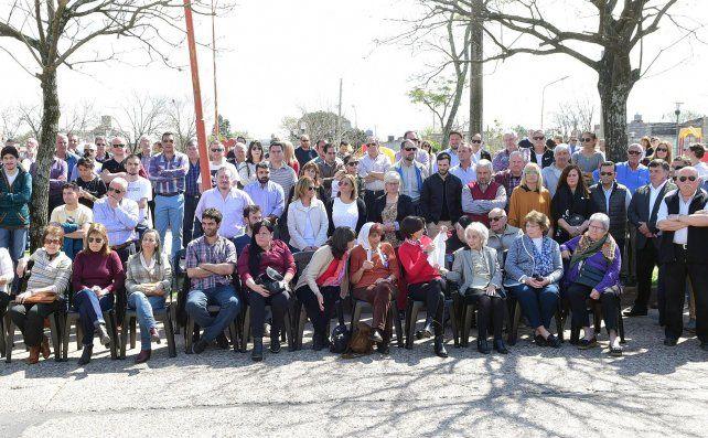 Concepción del Uruguay inauguró un monumento a las Abuelas y Madres