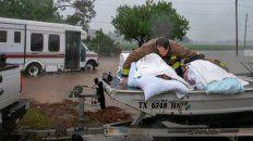 al menos 24 muertos por el huracan florence a su paso por carolina del norte