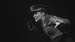 Recorrido. Antígona, la necia es el espectáculo más antiguo del grupo paranaense Teatro del Bardo.