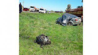 Chocaron un camión y un auto en cercanías de Crespo: Hay una víctima fatal