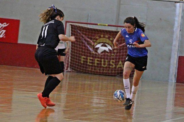 Paraná va por el pase a semifinales