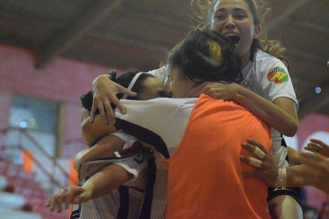 Paraná se metió en semifinales del Torneo Argentino