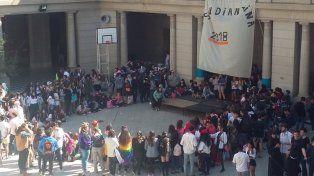 Los alumnos festejaron en las escuelas con una jornada de convivencia y de recreación