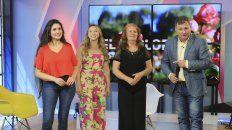 Lorena Smail, Romina, la ganadora; la tía Silvia y Horacio Moglia.