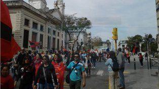 La Multisectorial marchó y pidió a los legisladores que no voten el Presupuesto del ajuste