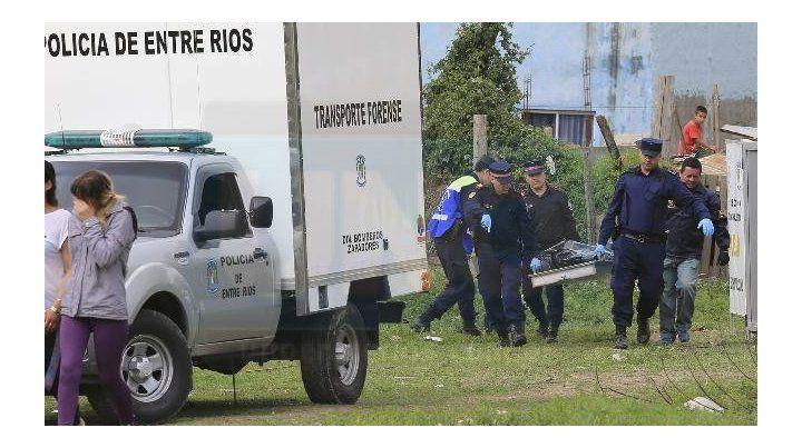 Balazo letal. El cuerpo de Gusmán fue llevado a la morgue de Oro Verde. Foto: Diego Arias.