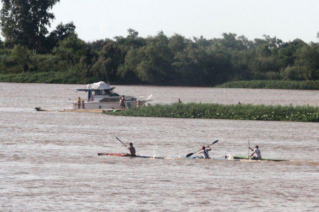 El río Paraná es libre.