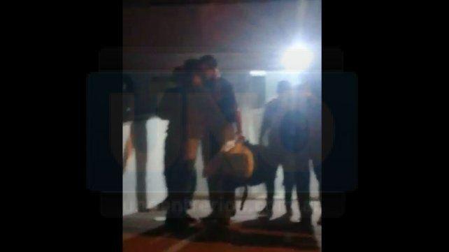 El sargento Diego Ibalo de 39 años y el agente Rodrigo Molina de 29 años fueron liberados en la madrugada de este jueves