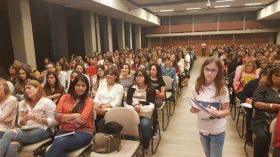 A sala llena, se desarrolló la jornada sobre autismo y asperger en Paraná