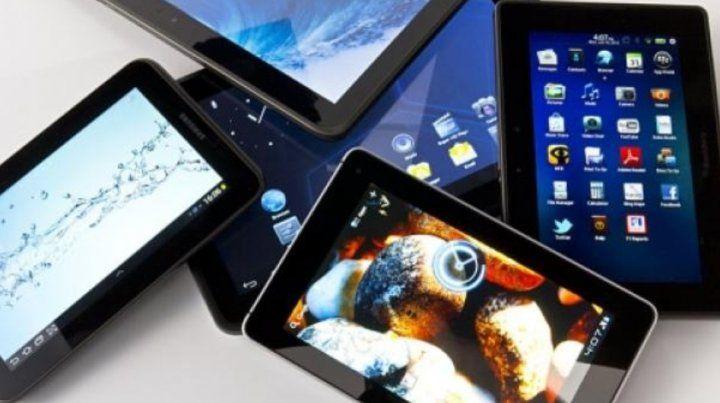 Autorizan el ingreso de laptops y celulares sin pagar impuestos en Aduana