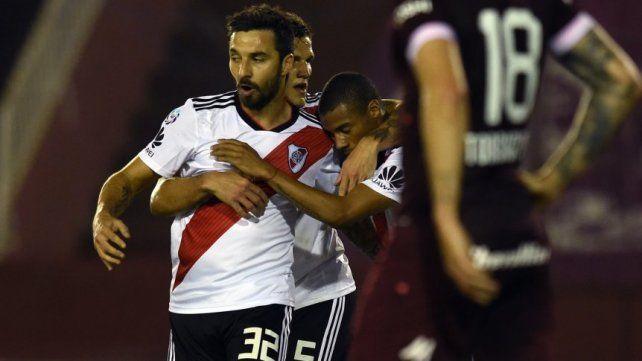 River lo dio vuelta ante Lanús y goleó en La Fortaleza