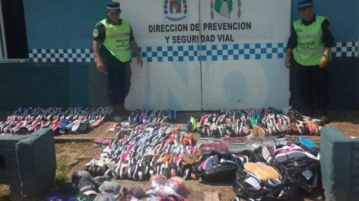 Venían con ropa y calzado para vender, pero sin los remitos aduaneros