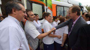 Equipamiento. La administración provincial ha comprado 20 ambulancias que se entregaron a hospitales.