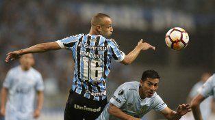 Gremio superó a Atlético Tucumán y será el rival de River