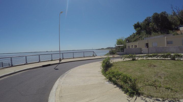 La rotonda en el Puerto Nuevo de Paraná.