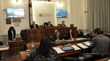 El Senado también dio ingreso al pliego del juez Carbonell, propuesto para el STJ.