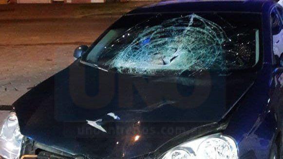 Accidente fatal en Blas Parera: El auto involucrado es oficial y era conducido por un policía