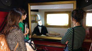Granaderos instalaron museo móvil en plaza 1° de Mayo para revalorizar la historia