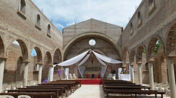 celebran a la virgen del rosario de pompeya con novena, asado y empanadas