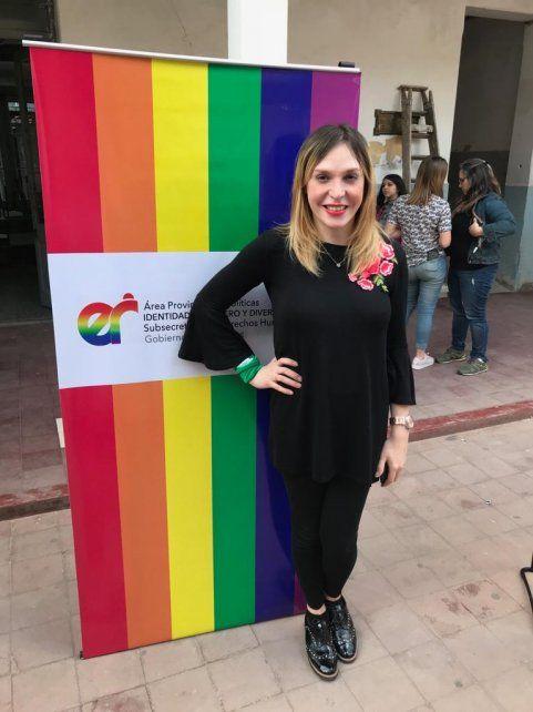 Victoria Antola disertó sobre inclusión laboral trans en Argentina.