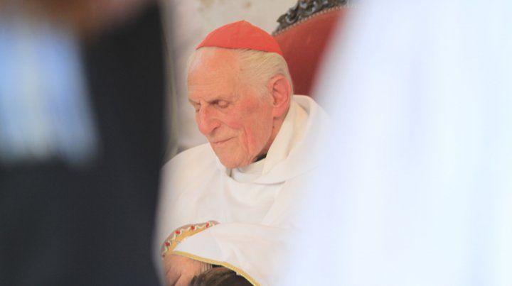 MonseñorEstanislao EstebanKarlic.