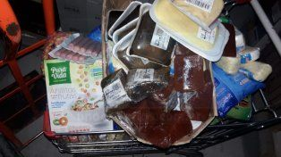 Por tener heladeras apagadas clausuraron un supermercado y sancionaron a otro