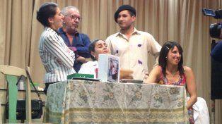 Presentan la tercer función de Maestras, de Nelly Fernández Tiscornia