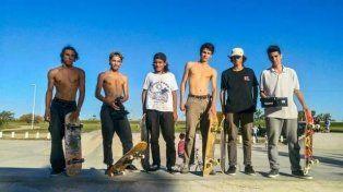 Los gurises le pidieron todo al skatepark que está a medio construir.
