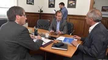 Del encuentro participaron el gobernador Bordet, el ministro Ballay y el funcionario nacional Caldarelli.