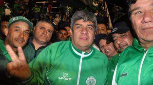 Pablo Moyano junto a la hinchada de Camioneros