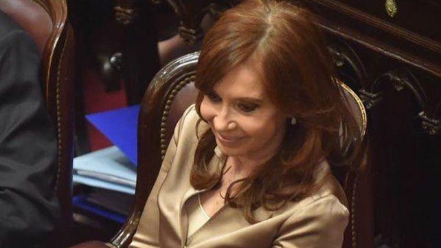 El fiscal Moldes presiona al Senado para el desafuero de Cristina para su inmediata detención