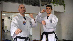 Optimistas. Tomás Baños (a la derecha) y su coach Paulo Robles Guerrero (a la izquierda) presagian un fin de semana positivo.