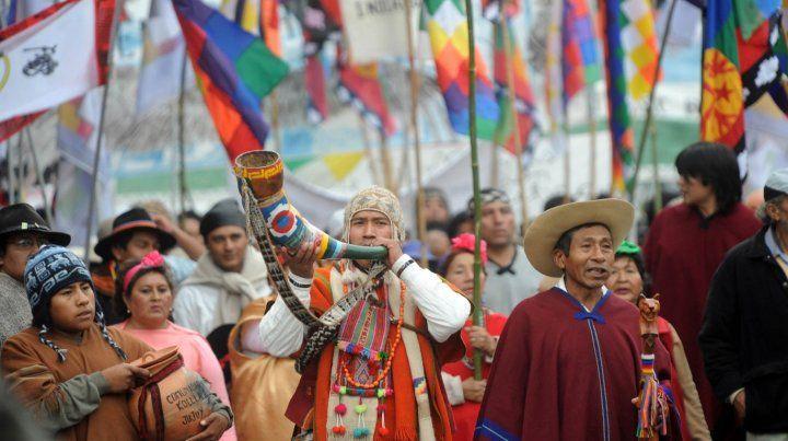 En el Día de la Diversidad Cultural Americana, la situación de los Pueblos Originarios en Argentina