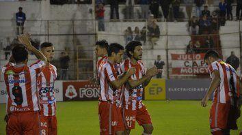 Reacción. Atlético Paraná necesita sumar de a tres para no alejarse de los equipos que están accediendo a la zona campeonato.