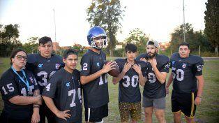 En el Berduc. Parte del equipo que entrena tres veces por semana en el Parque de la ciudad de Paraná.