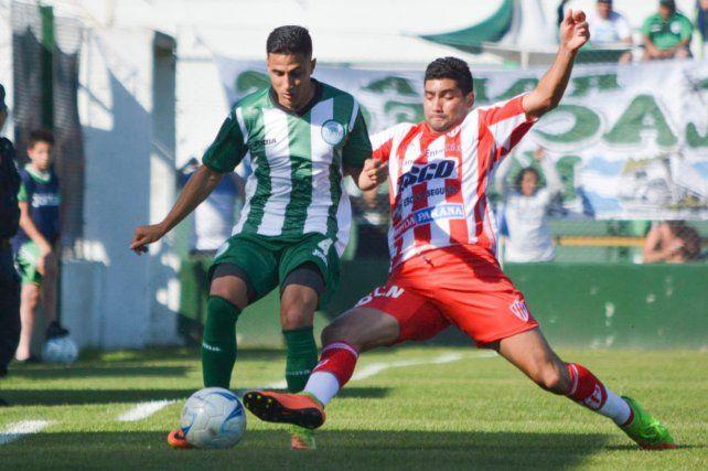Atlético Paraná igualó 0 a 0 en su visita a Camioneros