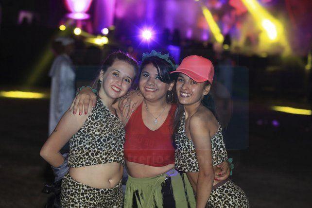 Las 20 fotos en los 20 años de la Fiesta de Disfraces de Paraná