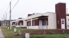 la provincia licito nuevas viviendas con recursos propios para mas localidades entrerrianas