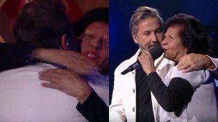 Emotivo reencuentro en La Voz: Montaner volvió a ver a su profesora de piano de su adolescencia
