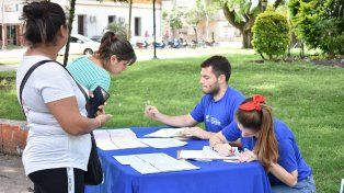 Este jueves comenzaron a distribuir las solicitudes de beca secundaria 2019