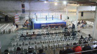 De local. El Club Palma Juniors de Paraná volvió a tener actividad boxística después de mucho tiempo.