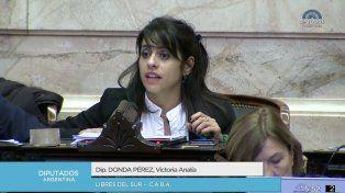 En sesión maratónica en Diputados, el oficialismo intenta aprobar la ley de leyes